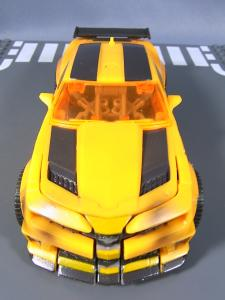 TOYZRUS限定 DOTM STREETSIDE BOT BRAWL AUTOBOTS 1037
