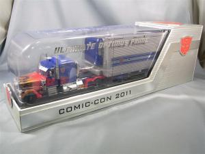 SDCC2011 オプティマスG1シール貼り分 1015