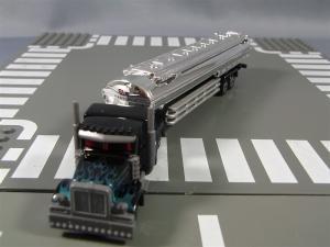 トミカTF ブラックオプティマス、ラッピングトレーラー、通常タンクローリー 1029