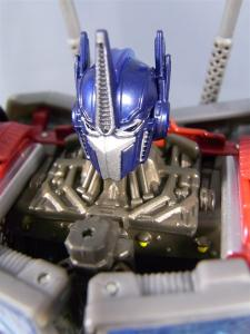 TF PRIME OPTIMUSPRIME ロボットモード 1004
