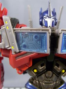 TF PRIME OPTIMUSPRIME ロボットモード 1005