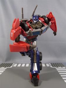TF PRIME OPTIMUSPRIME ロボットモード 1012