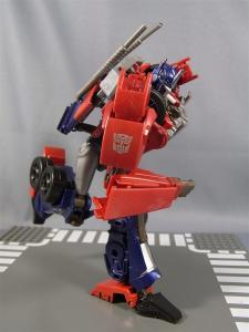 TF PRIME OPTIMUSPRIME ロボットモード 1013