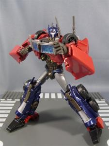 TF PRIME OPTIMUSPRIME ロボットモード 1015
