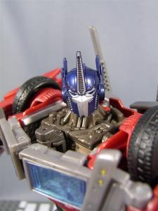 TF PRIME OPTIMUSPRIME ロボットモード 1016