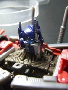 TF PRIME OPTIMUSPRIME ロボットモード 1017