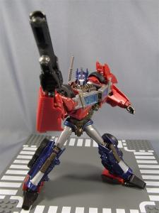 TF PRIME OPTIMUSPRIME ロボットモード 1022