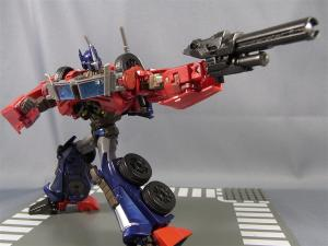 TF PRIME OPTIMUSPRIME ロボットモード 1023