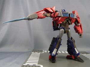 TF PRIME OPTIMUSPRIME ロボットモード 1026
