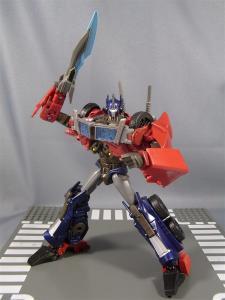 TF PRIME OPTIMUSPRIME ロボットモード 1027