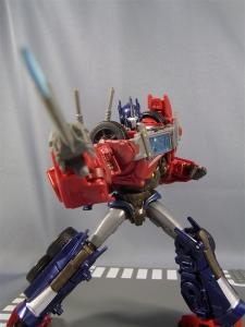 TF PRIME OPTIMUSPRIME ロボットモード 1028