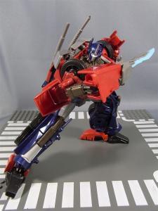 TF PRIME OPTIMUSPRIME ロボットモード 1030
