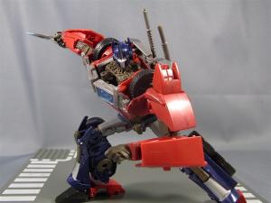 TF PRIME OPTIMUSPRIME ロボットモード 1031