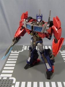 TF PRIME OPTIMUSPRIME ロボットモード 1032