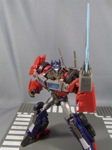 TF PRIME OPTIMUSPRIME ロボットモード 1033