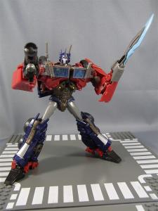 TF PRIME OPTIMUSPRIME ロボットモード 1034