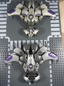 TF プライム AM-05 ディセプティコン破壊大帝 メガトロン 1011