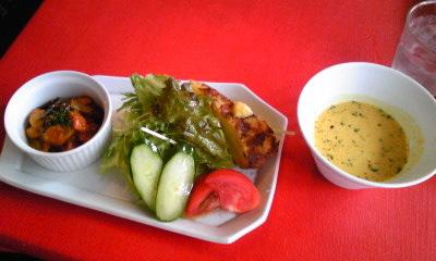 フューゴランチスープと前菜