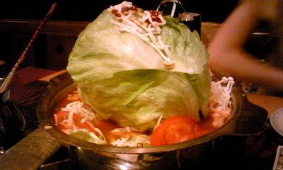 やりやトマトチーズ鍋