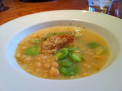 アバッキオ201104ランチレンズ豆とソラマメのスープ