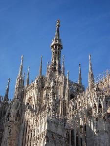 450px-DSC02967_-_Milano_-_Duomo_-_Il_tiburio_-_Foto_di_Giovanni_DallOrto_-_29-1-2007.jpg