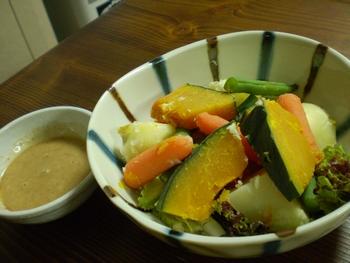 一人ご飯 温野菜サラダ