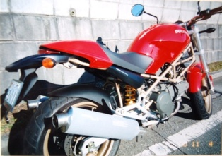 モンスター400