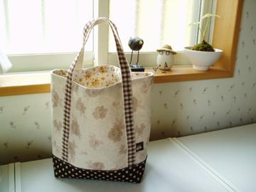バラと水玉のトートバッグ