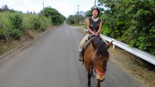 めぐちゃん・のりえちゃん乗馬0228 002