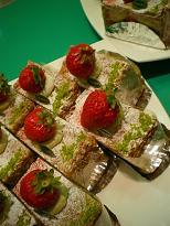 イチゴとピスタチオのミルフィーユ