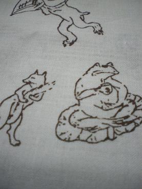 カエルさんの横にキツネさん