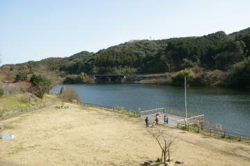 行入ダム公園