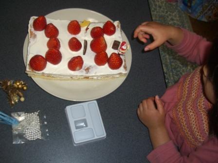 ケーキの飾り付け
