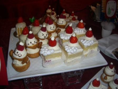 HANZOYAクリスマス ケーキがかわいいの!
