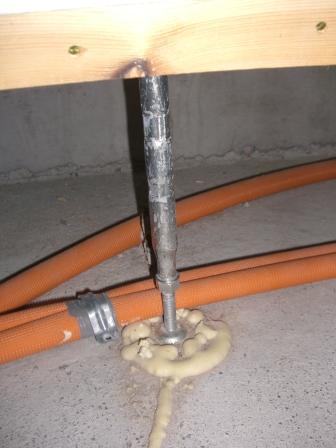 躯体工事 モデルハウスの鋼製束
