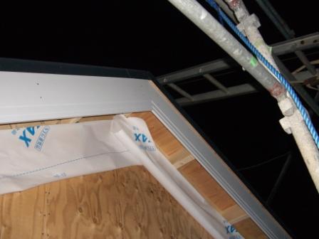 屋根工事 妻部の装飾板