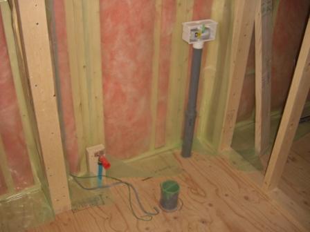 内装工事 2Fトイレ 水栓設備