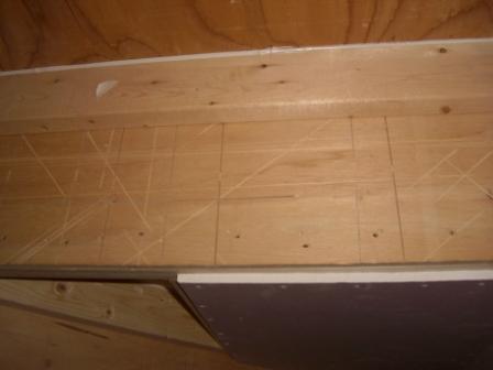 内装工事 階段の裏地 リサイクル