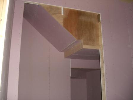内装工事 階段下収納の石膏ボード