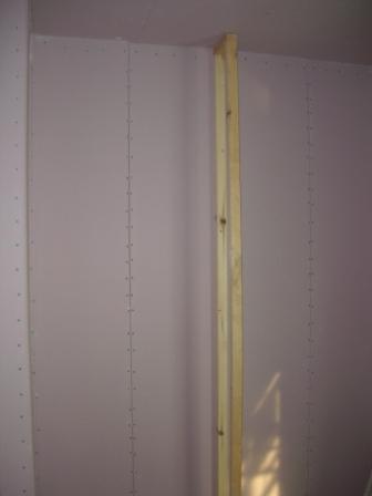 内装工事 ライブラリの本棚用壁