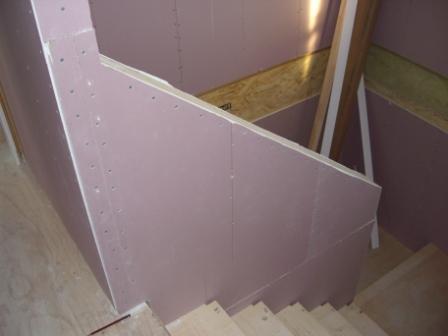 内装工事 階段の手摺 石膏ボード