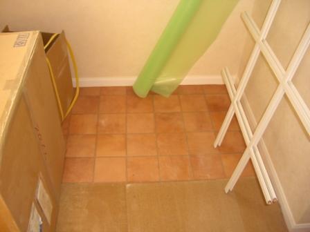 内装工事 洗面所のシート施工