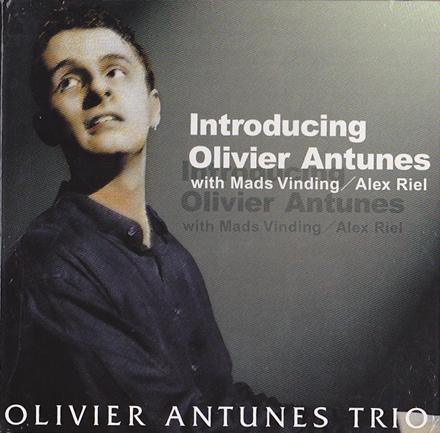 Oliver Antunes.jpg