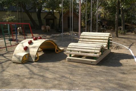 DSC01180木製遊具