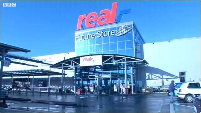 FutureStore07.jpg