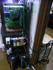 RIMG0水槽用クーラー設置2