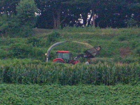 刈り取り機