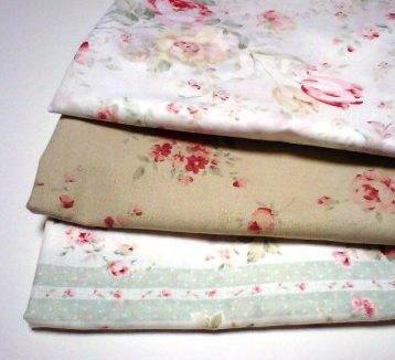 薔薇柄の布3種