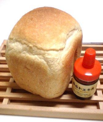 フランス食パンとモルトエキス