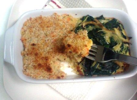 塩鮭のコロッケ風&ほうれん草キッシュのグラタン皿焼き